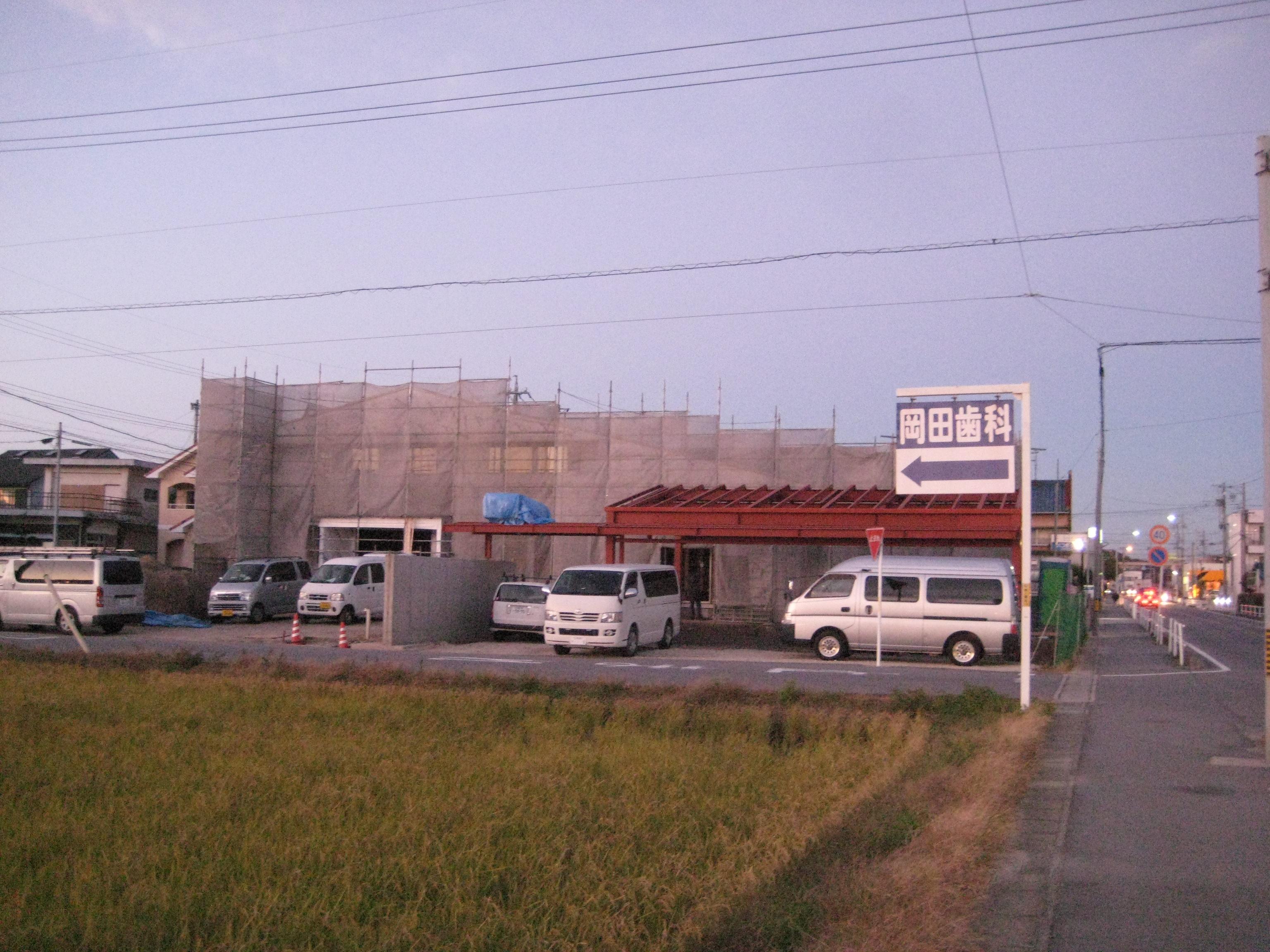 愛知県西尾市「白珪の家」木造+鉄骨造 車庫+門 上棟しました