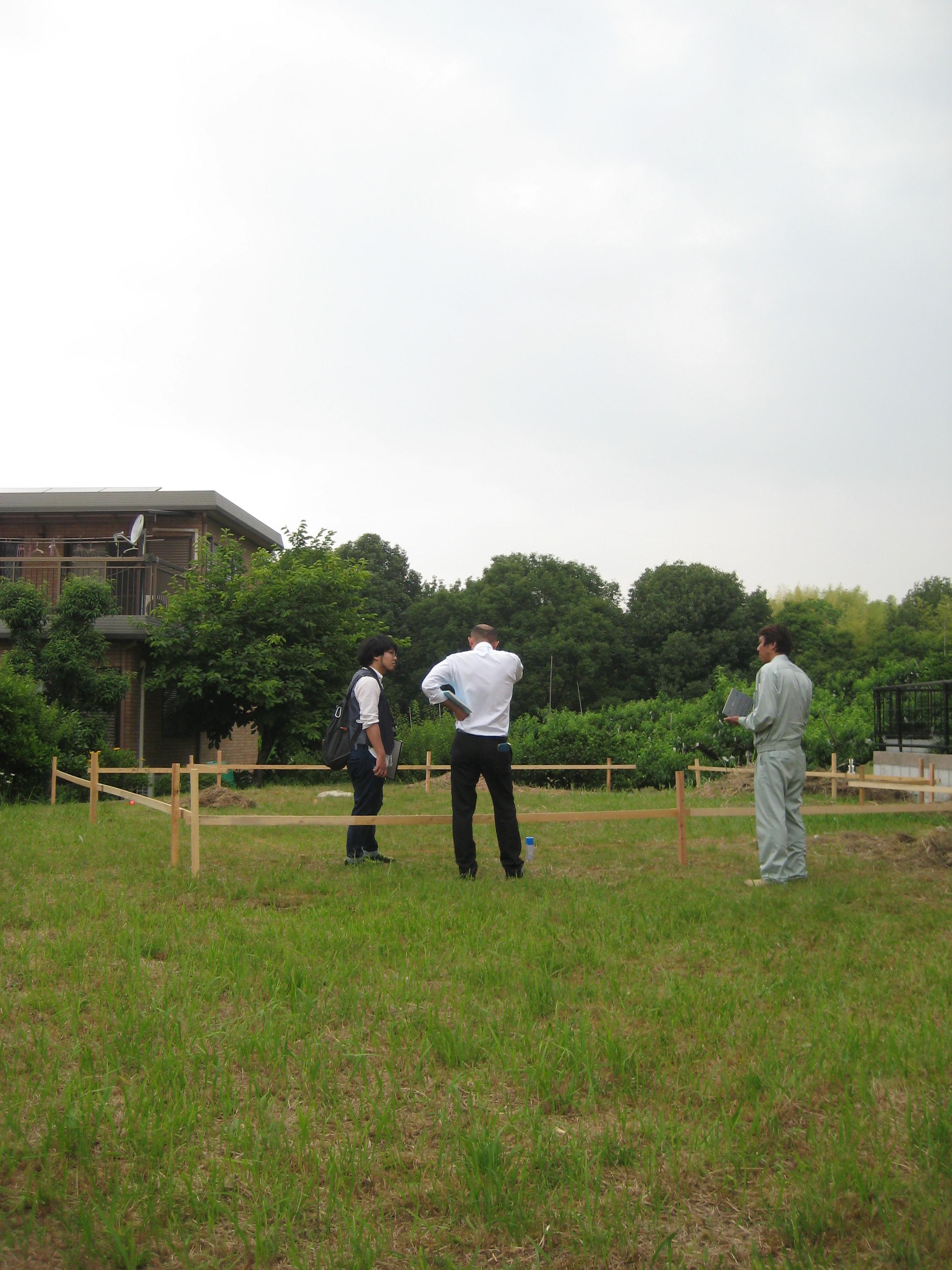 愛知県犬山市「つつじヶ丘の家」木造住宅2階建 2世帯+ヨガ教室 配置確認