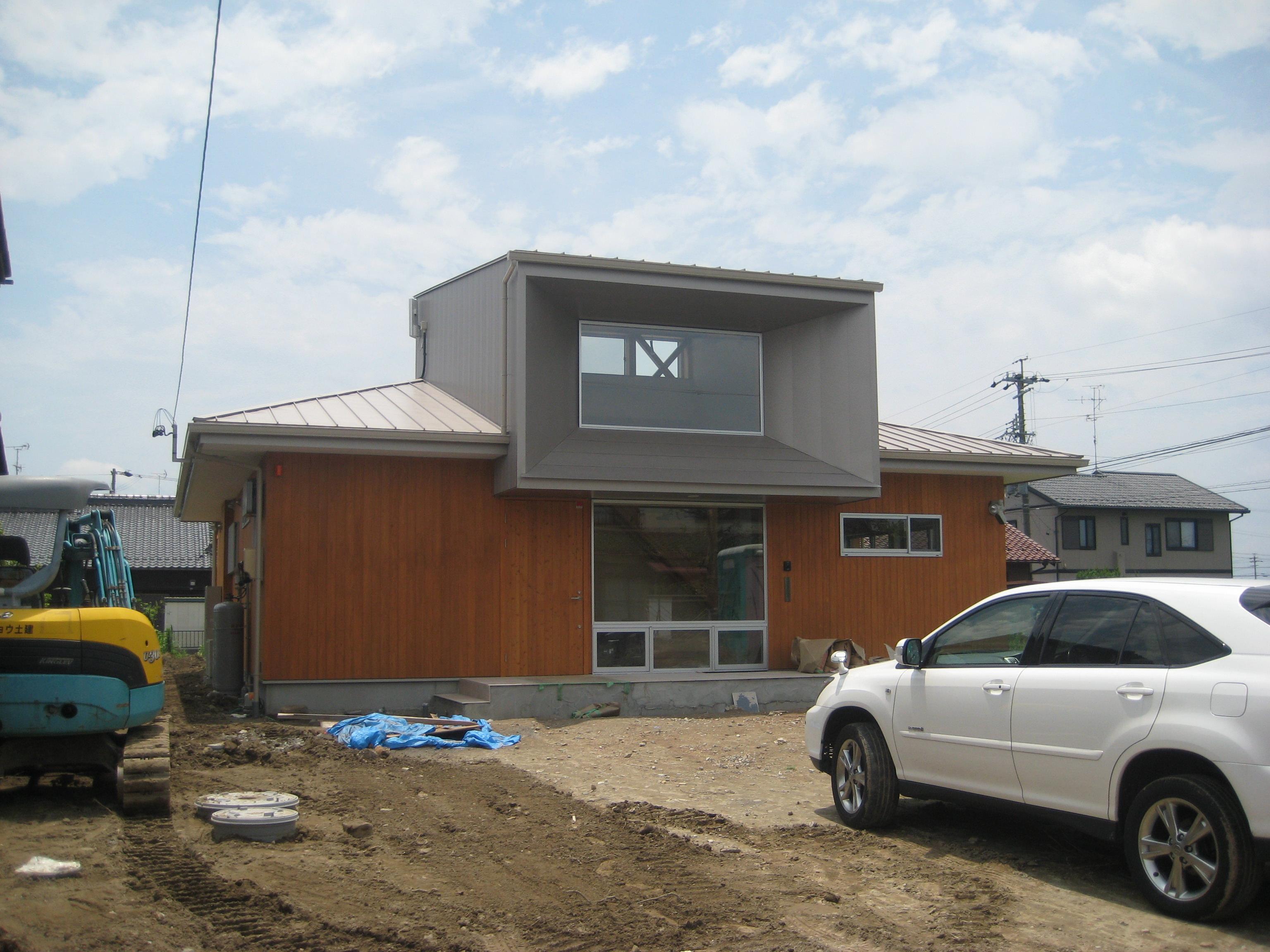 岐阜県羽島市「回光の家」木造住宅 平屋建て 外構工事中