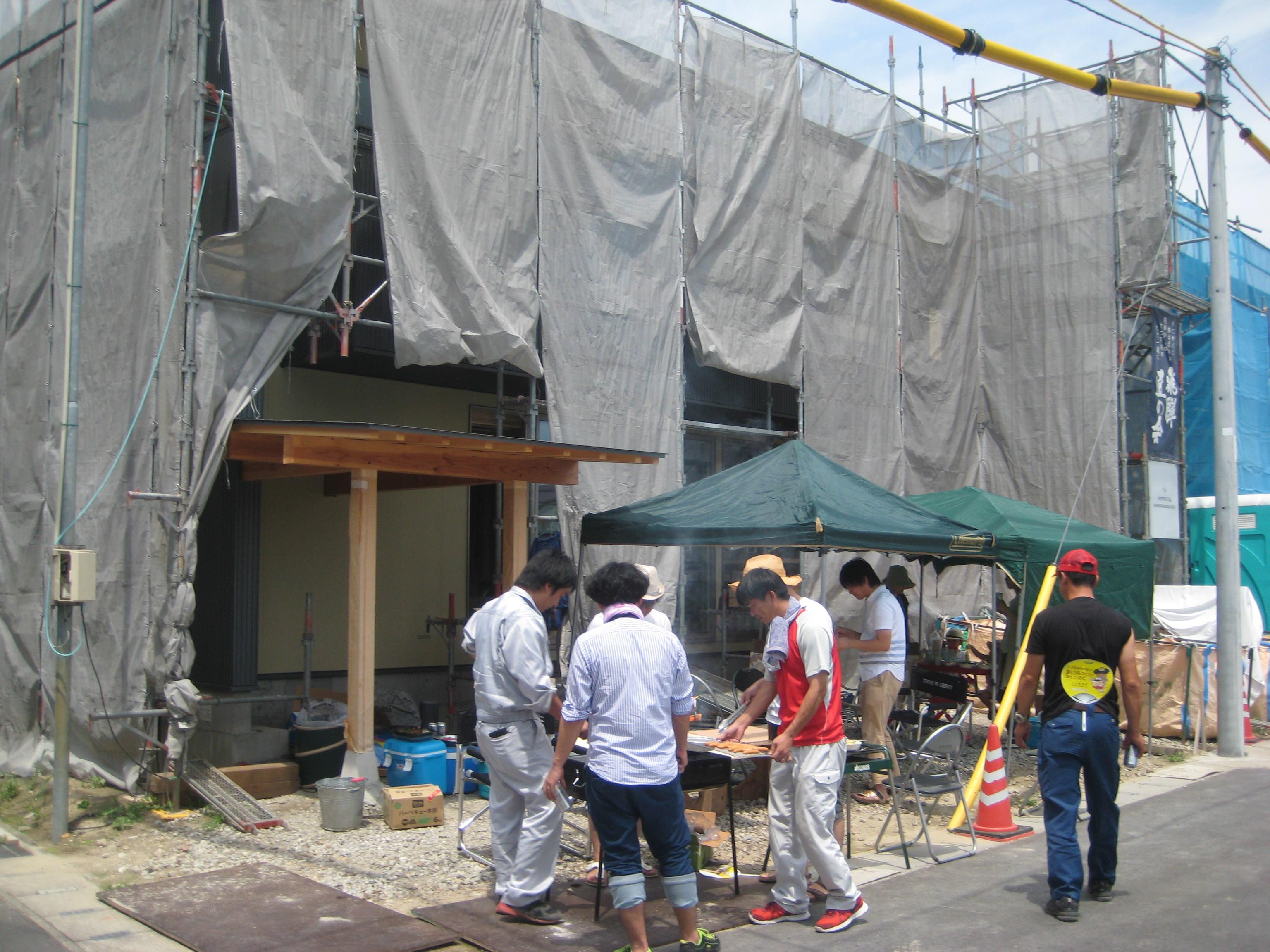 愛知県あま市甚目寺「大渕の家」木造2階建 2世帯  現場BBQ