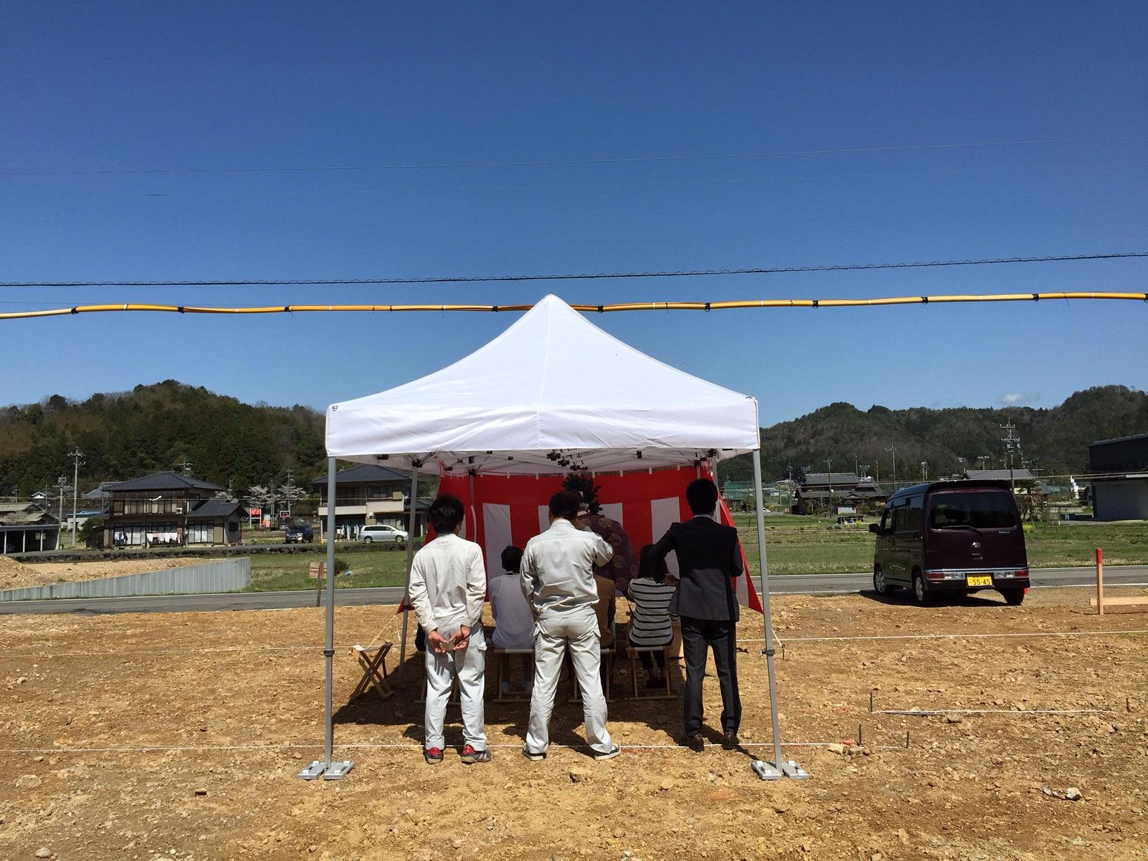 岐阜県山県市「梅原の家」木造2階建て ガレージハウス 地鎮祭
