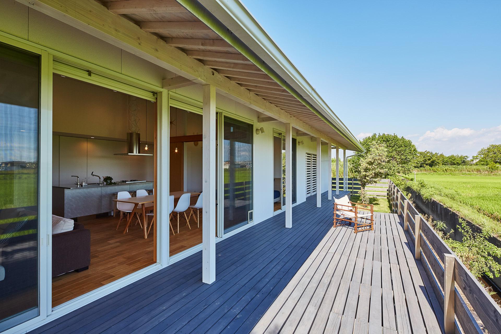 愛知県一宮市 「川原の家」木造住宅 平屋建ガレージハウス 竣工写真2