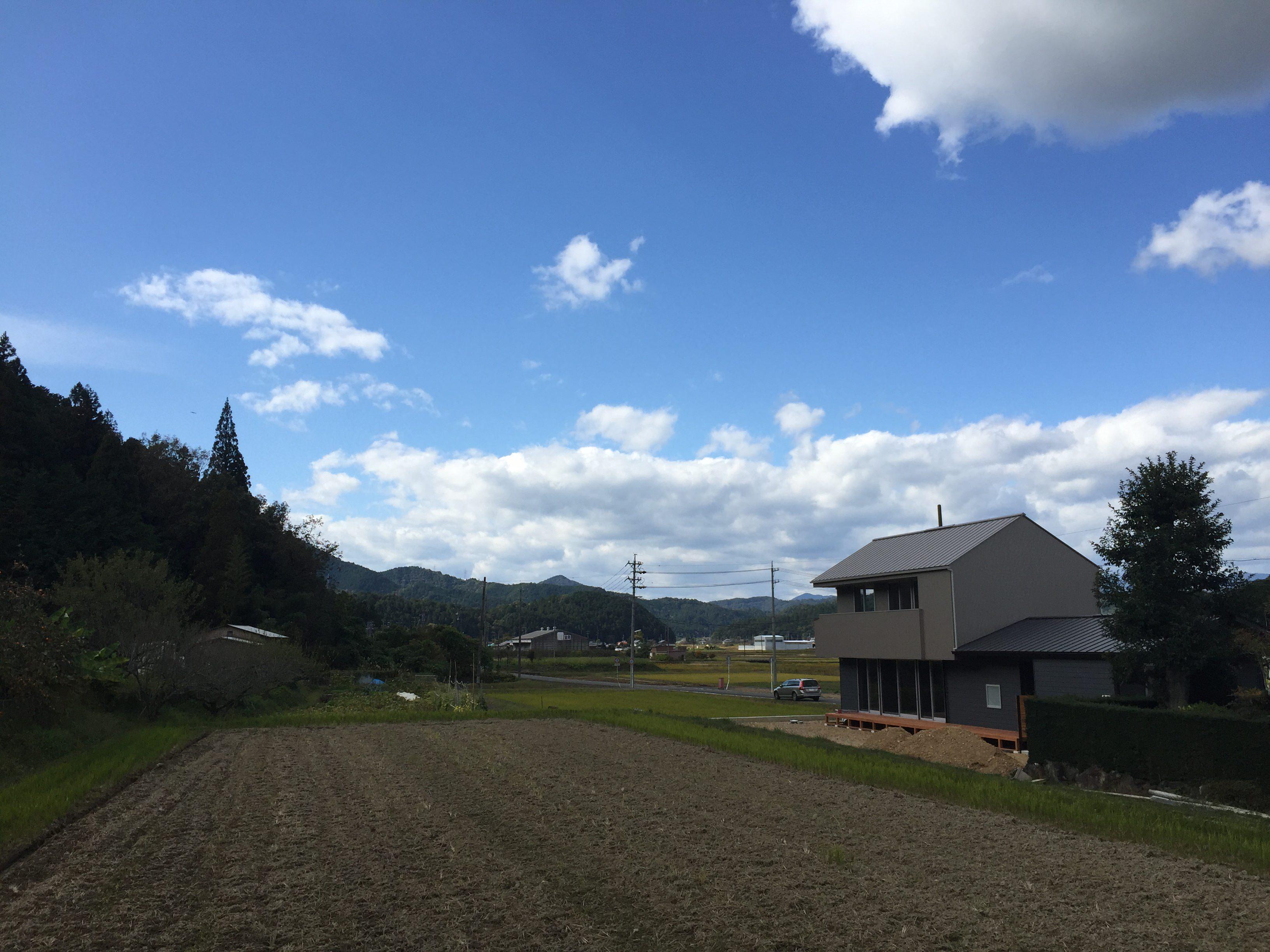 岐阜県山県市「梅原の家」木造2階建て ガレージハウス 完成見学会