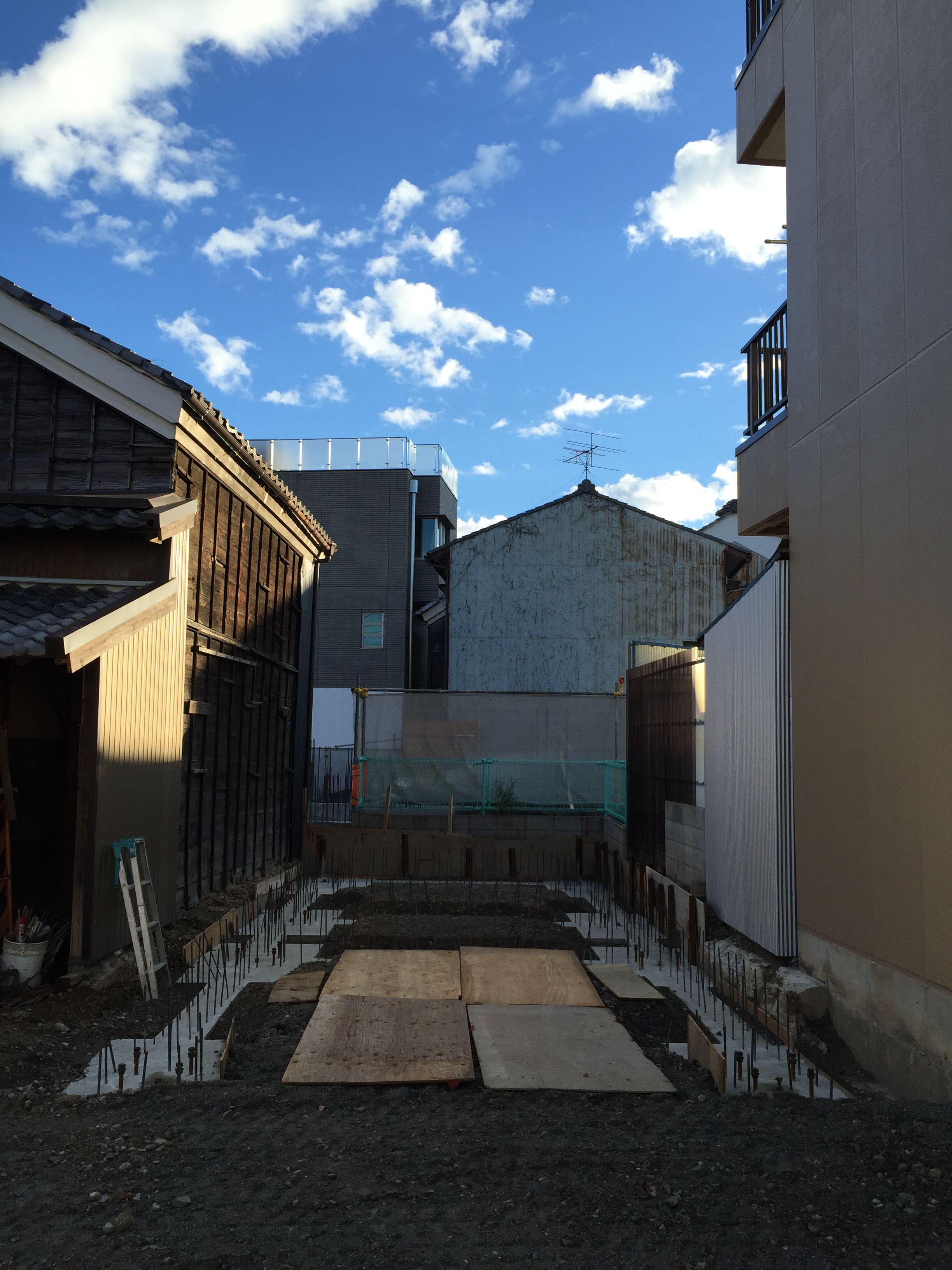 岐阜県岐阜市「東材木の家」鉄骨3階建 スキップフロア 狭小敷地 現場