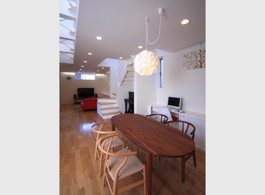「白雲の家」にて食事会
