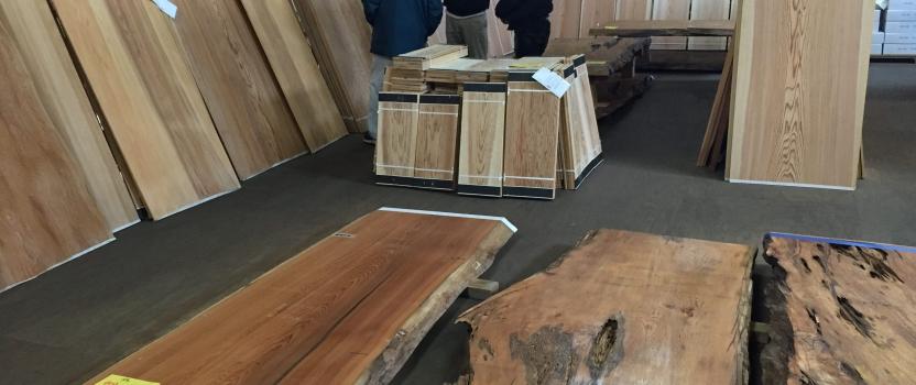 愛知県小牧市「桑原木材㈱モデルハウス」 木造2階建 定例会議