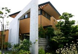 逍遥庭園の家