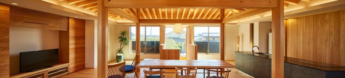 WEB建築サイトhomifyに「桑原木材の家」が掲載されました 記事:圧倒的な木素材の美しさと温もりのある木の家