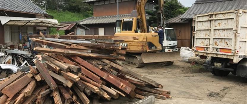 愛知県一宮市 「極楽寺の家」 木の家 解体工事中