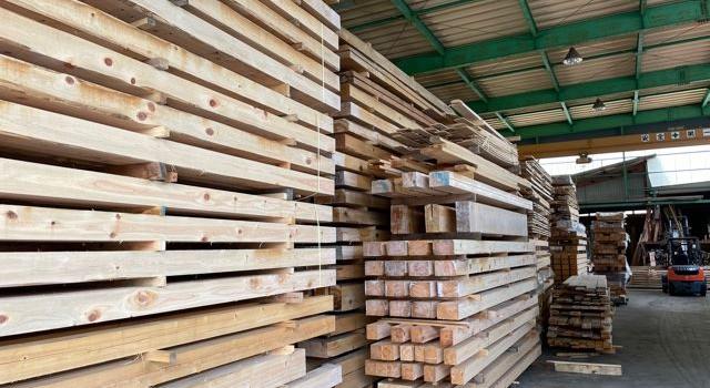 愛知県市稲沢市 「平屋の事務所アネックス」工事 木材打合せ