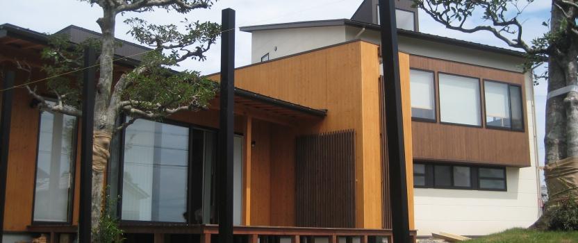 岐阜県養老町「下笠の家」木造2階建 2世帯 外構