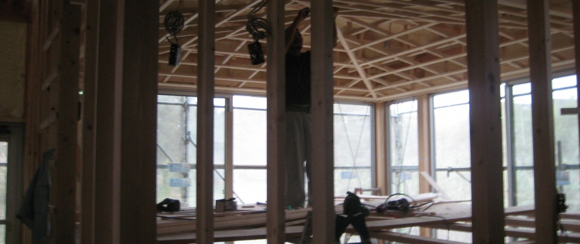 愛知県犬山市「つつじヶ丘の家」木造住宅2階建 2世帯+ヨガ教室 現場