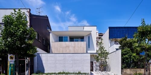 WEB建築サイトhomifyに「八幡の家」が掲載されました   質感と雰囲気の魅力を感じるモダン住宅