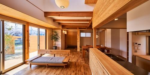 WEB建築サイトhomifyに「神守の家」が掲載されました  木がもっと好きになる。心を癒す木目のある暮らし