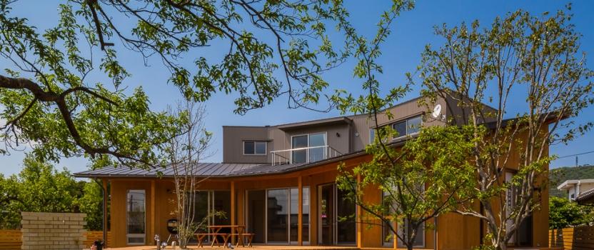 海外のサイトArchitizerに「緑苑の家」が紹介されています。