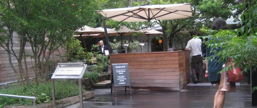 東京 建築視察3 オープンカフェ