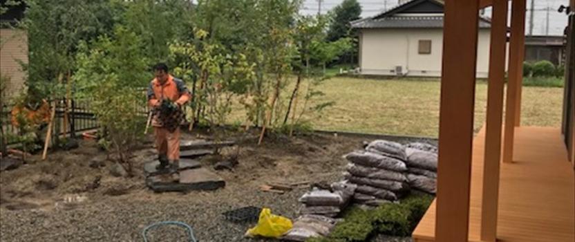 愛知県一宮市 「苅安賀の家」 木の家 庭工事